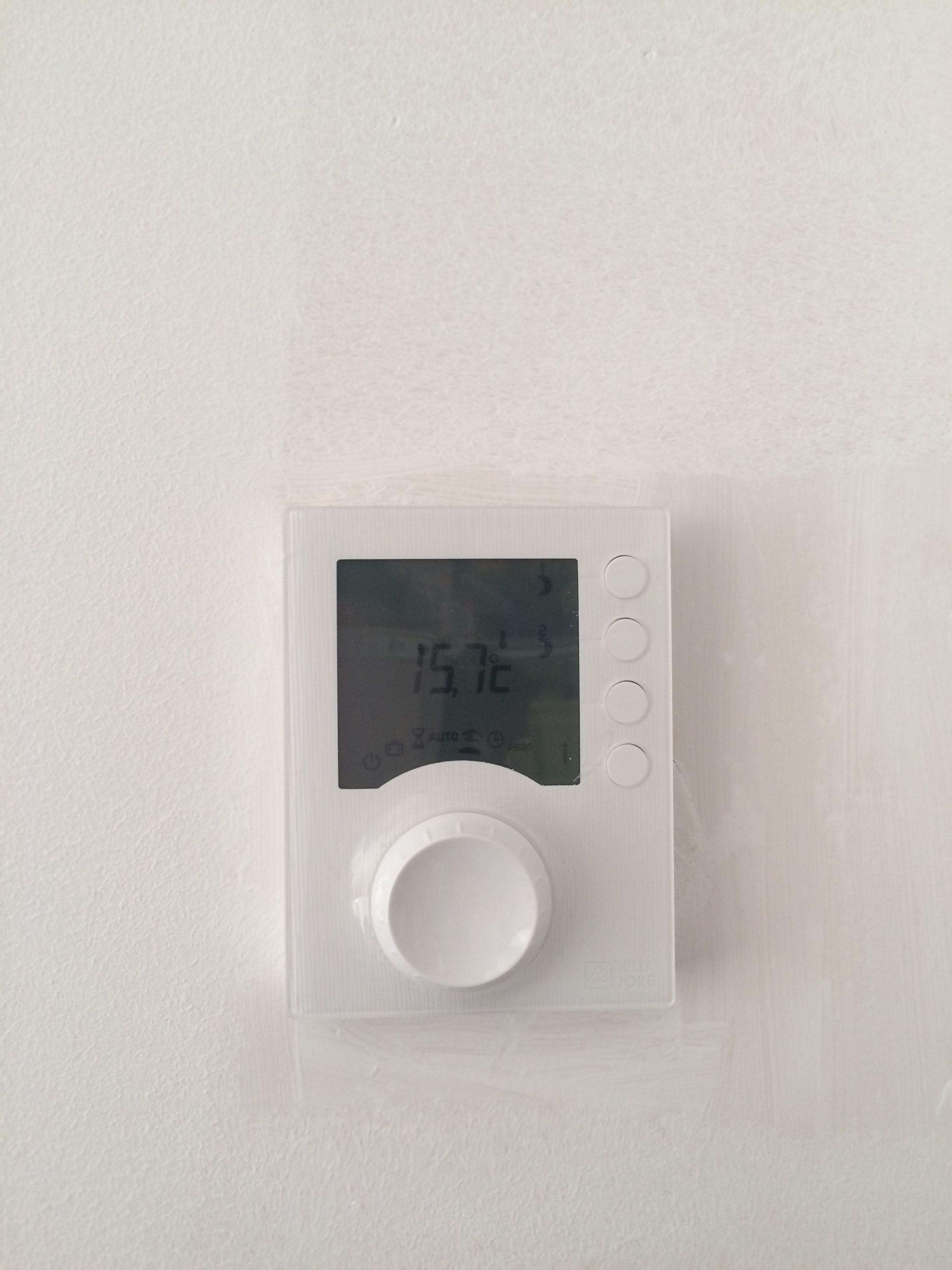 Régulation de chauffage électrique à Janzé